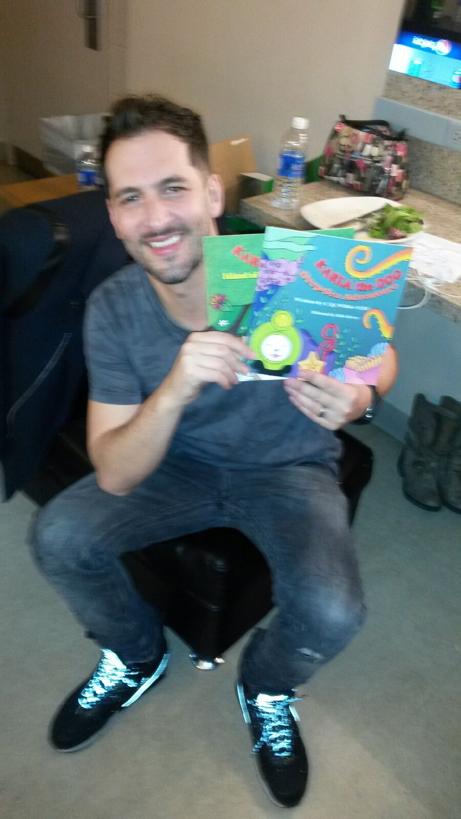 Jon B is my FAVORITE singer ever. I have been a fan for 20 years now and it's such a blessing to know he will be reading Karla with his kids!